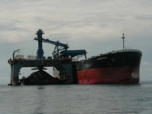 SST transfering coal from barge to ocean going vessel